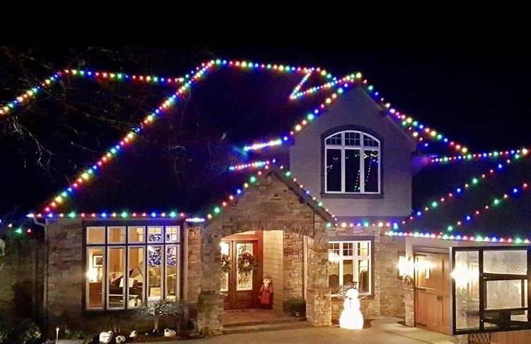 Christmas Lights Installer.Holiday Lighting Company Blue Springs Christmas Lights